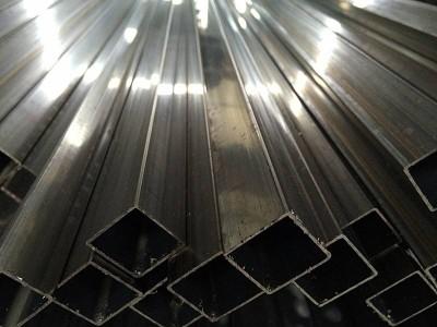 上海不锈钢方管长期生产_不锈钢方管批发_不锈钢方管型
