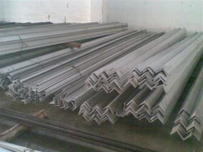 不锈钢角钢大量现货_广西不锈钢角钢厂家_不锈钢角钢价格