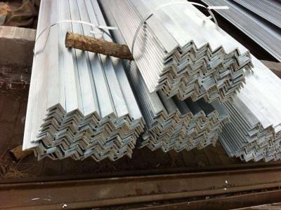 等边角钢大量现货_重庆等边角钢厂家_等边角钢价格