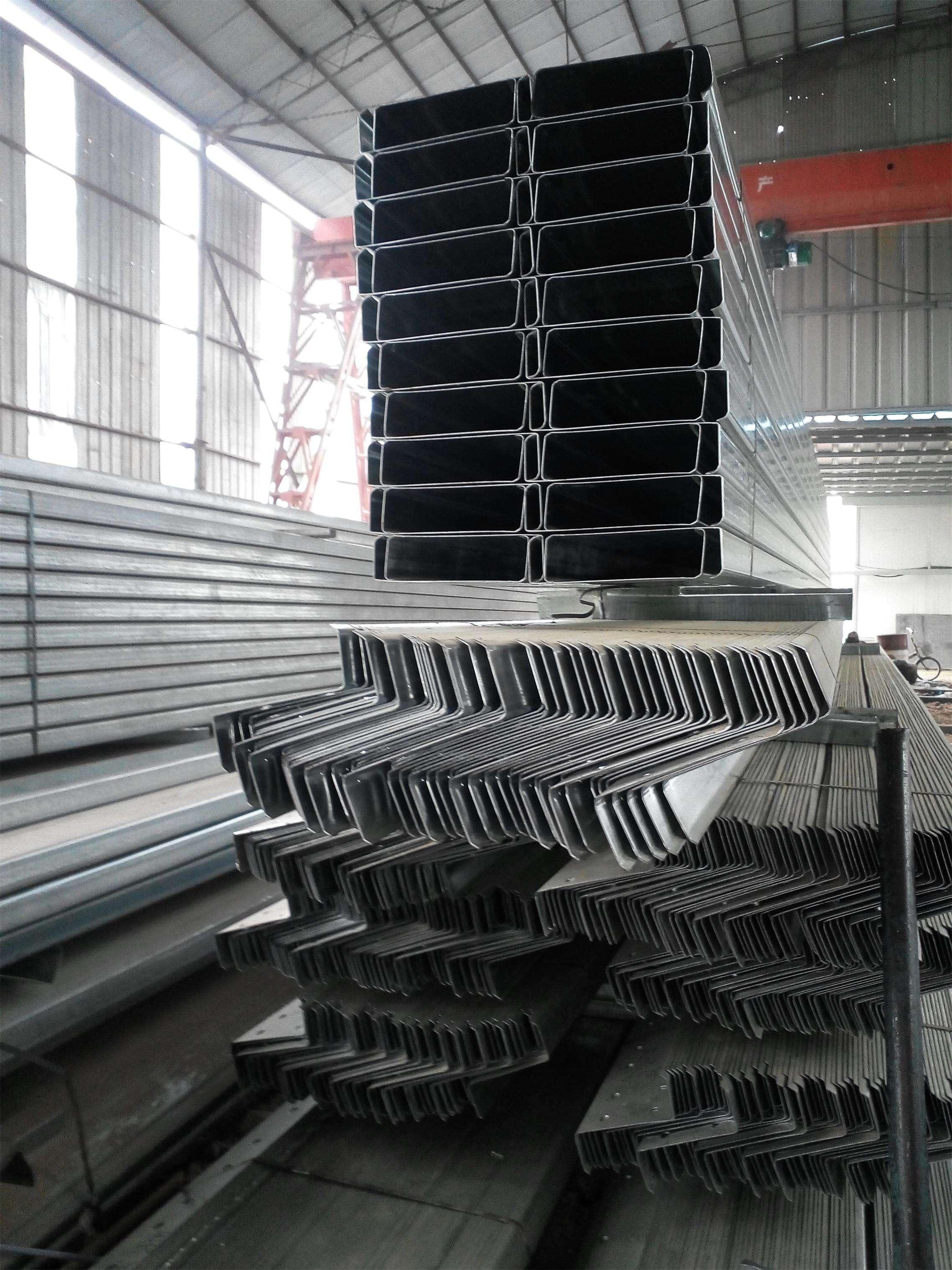 C型钢的主要行业分析
